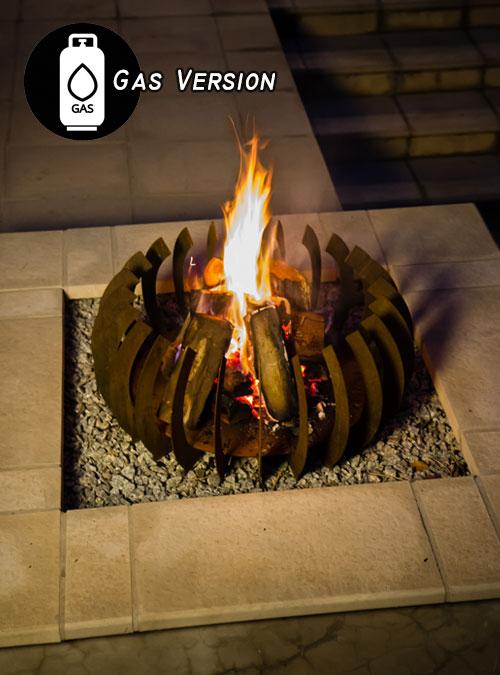 Curve Gas - FireBlades Designer Fire Pit - Flame